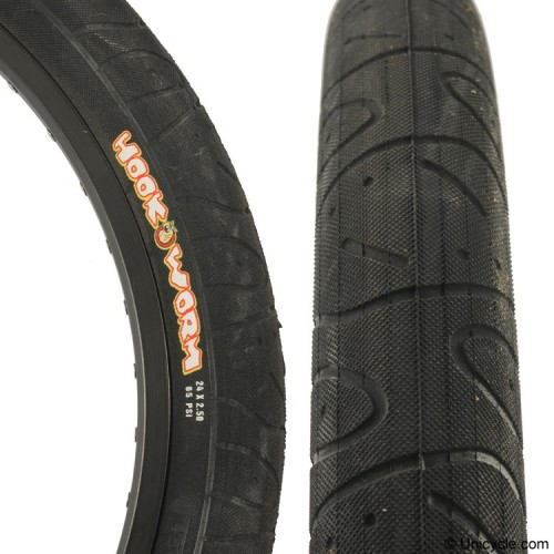 Maxxis Hookworm 26 x 2.5-inch wide Freestyle tire Tires, Tubes, Rim strip